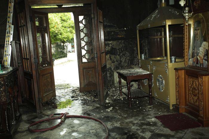Φωτιά στον Ι.Ν. Αγίου Δημητρίου Ψυρρή – Σοβαρές ζημίες