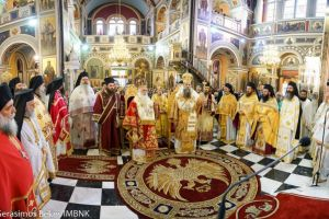 Με λαμπρότητα πανηγύρισε o Μητροπολιτικός Ναός των Αγίων Κωνσταντίνου και Ελένης Πειραιώς