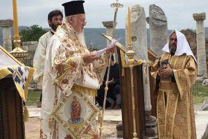 Χειροτονία Διακόνου στην Έφεσο από τον Οικ. Πατριάρχη