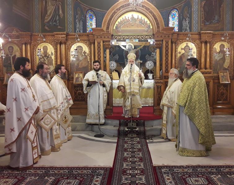 Νέα Μοναχή στην Ιερά Μονή Παναγίας κάτω Ξενιάς ••Κυριακή της Πεντηκοστής στο Βόλο