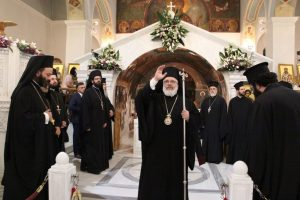 Τελευταία αγρυπνία για το μήνα Μάϊο, προσκυνώντας την Αγία Ελένη