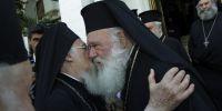 Ιστορικές στιγμές στην Αθήνα- Μήνυμα ενότητας από Βαρθολομαίο-Ιερώνυμο