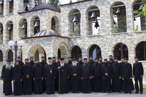 Ο Αρχιεπίσκοπος Ιερώνυμος στα Ησυχαστήρια του Τρικόρφου Φωκίδος