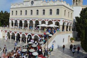 Ο εορτασμός της Παναγίας της Μυρτιδιώτισσας στην Τήνο