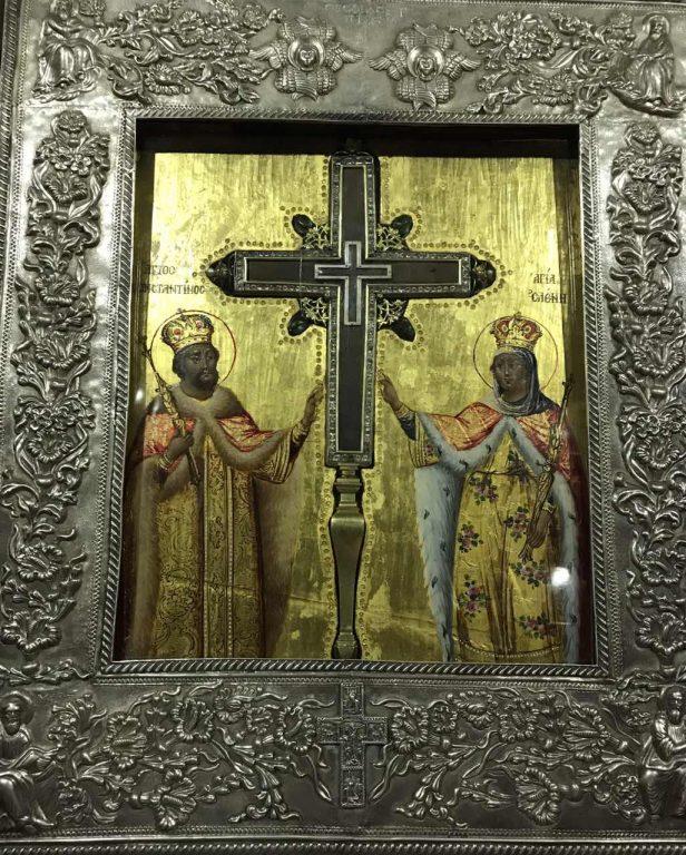 Τεμάχιο του Τιμίου Σταυρού από τα Ιεροσόλυμα στον Ναό της Μεταμορφώσεως Βόλου