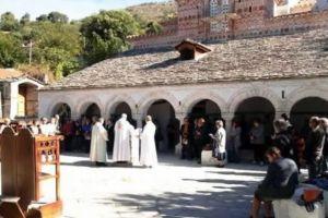 Αίσχος !!Το αλβανικό Υπουργείο Πολιτισμού παρέδωσε ορθόδοξο Ναό σε καθολικούς ιερωμένους!