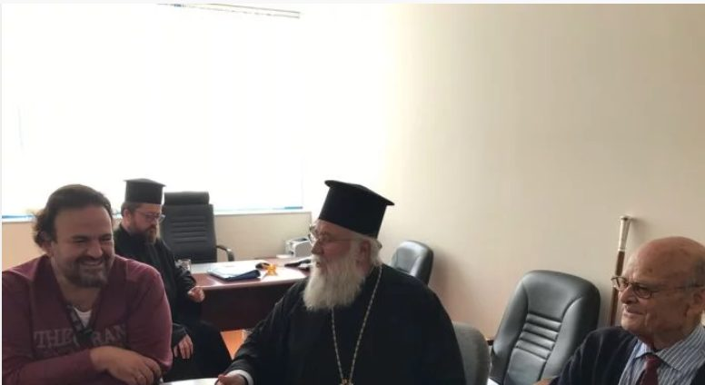 Δωρεά καρδιογράφου στο νοσοκομείο της Κέρκυρας από την Ιερά Μητρόπολη