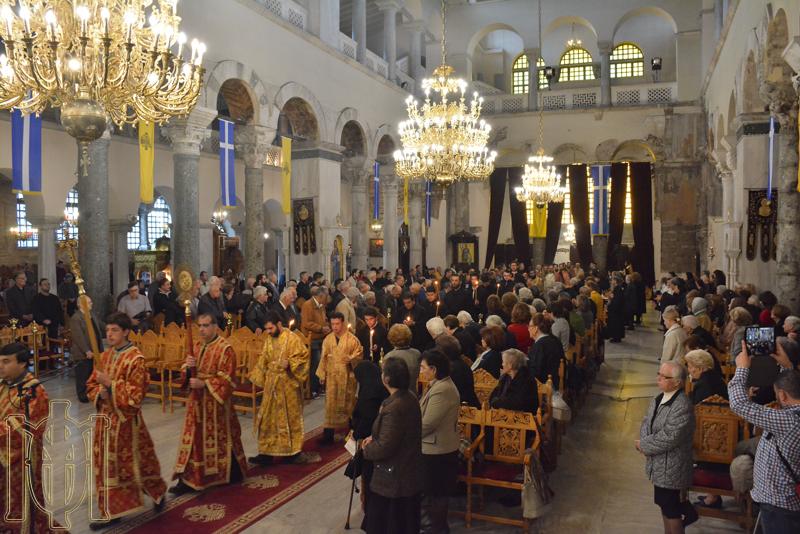 Η καρδιά της Ελλάδας άρχισε να χτυπά στον πανηγυρίζοντα Ι. Ναό του Αγίου Δημητρίου Θεσσαλονίκης