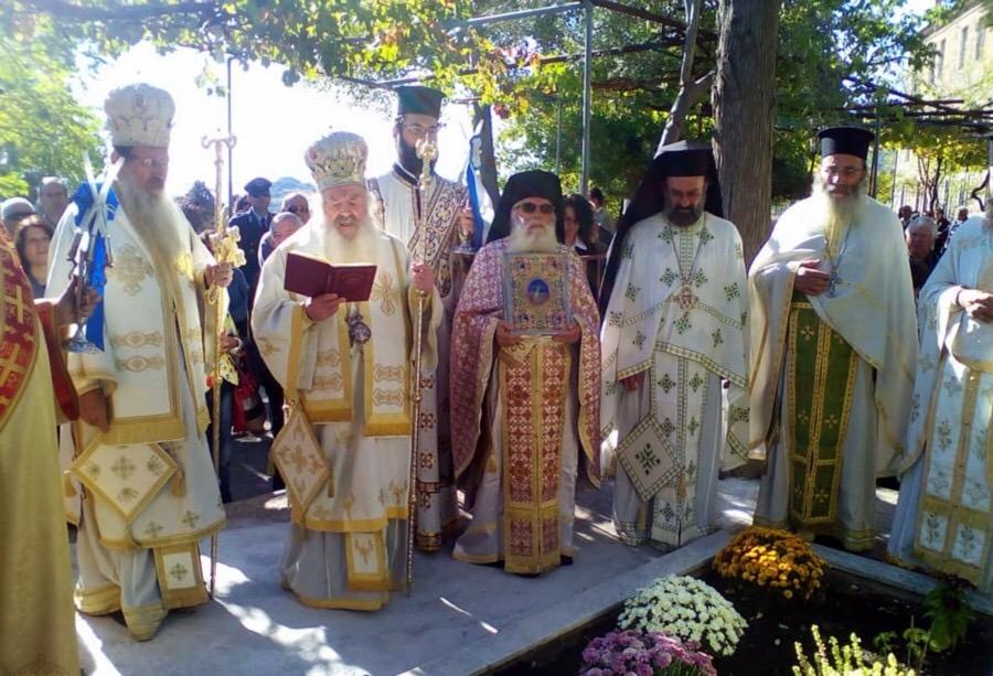 You are currently viewing Με λαμπρότητα πανηγύρισε η ιστορική Ιερά Μονή Λειμώνος στην Καλλονή Λέσβου