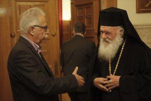 """Ο Υπ. Παιδείας Γαβρόγλου εκθέτει τον Αρχιεπίσκοπο και την Ιεραρχία με δήλωσή του: """"Η Εκκλησία δέχθηκε τις αλλαγές στα Θρησκευτικά"""""""