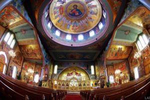 Η θεία λειτουργία στον Άγιο Νικόλαο- Τορόντο και το Ετήσιο Τσάι