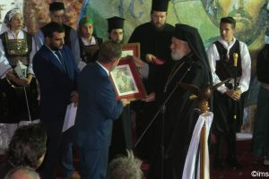 Ο Μητροπολίτης Σύρου Δωρόθεος επίτιμος δημότης Κύθνου