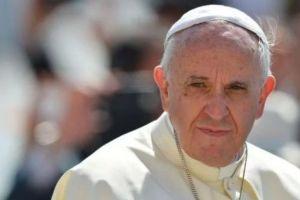 Ο Πάπας Φραγκίσκος αντίθετος στην αλλαγή φύλου