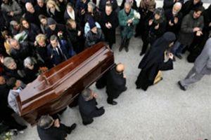 Ρόδος: Άγριο ξύλο σε κηδεία – Δεν ήθελαν να τον κηδέψουν επειδή…