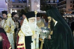 Συγκινητική υποδοχή της Τίμιας Κάρας του Αγίου Νικολάου Πλανά στον Βόλο