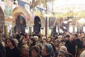 Αγρίνιο: 10.000 λαού καθημερινά προσκυνούν την Τιμία Ζώνη της Θεοτόκου