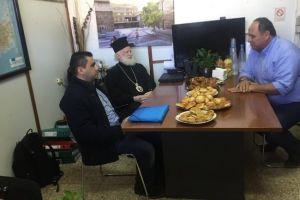 Στα γραφεία του Υπεραστικού ΚΤΕΛ ο Αρχιεπίσκοπος Κρήτης Ειρηναίος