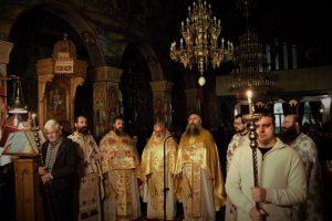 Ο Ηγούμενος της Μονής Εσφιγμένου Αρχιμ. Βαρθολομαίος,στον Ιερό Ναό Αγίου Διονυσίου Ιλίου