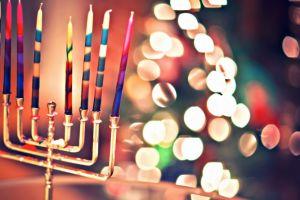Οχι «Καλά Χριστούγεννα». Μόνο «Καλές γιορτές»