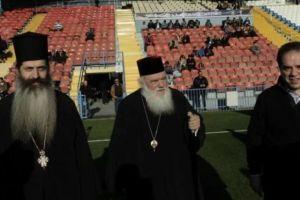 Ο Ιερώνυμος σε αγώνα ποδοσφαίρου παλαίμαχων της Εθνικής ομάδας