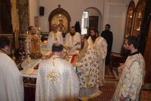Θεία Λειτουργία και Τεσσαρακονθήμερο Μνημόσυνο για τους θανόντες από την πλημμύρα στην Μάνδρα