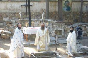 Αρτοκλασία στον ερειπωμένο Άγιο Βασίλειο, την παλιά Μητρόπολη της Χίου