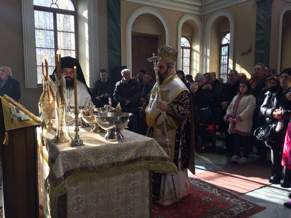 Φωτογραφικό οδοιπορικό από τον εορτασμό των Θεοφανείων στην Σμύρνη, ιερουργούντος του Μητροπολίτη Σμύρνης Βαρθολομαίου