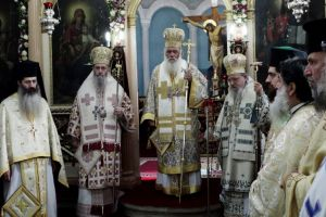 Ο  Αρχιεπίσκοπος Ιερώνυμος προεξήρχε της εορτής  του Αγίου Αθανασίου στην Αμφιλοχία
