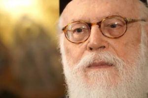 Προκλητική και άνανδρη  στάση Αλβανού δημοσιογράφου για την ιθαγένεια στον Αρχιεπίσκοπο Αναστάσιο