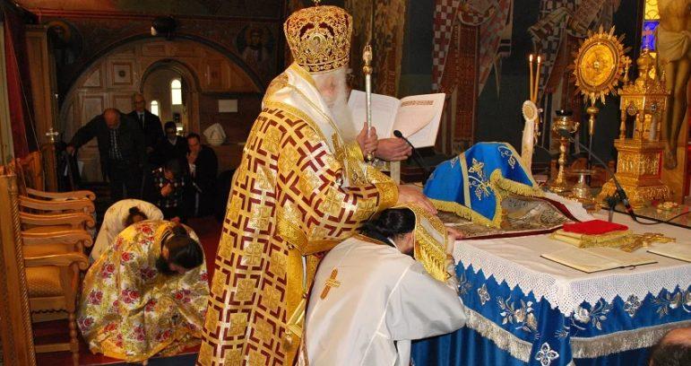 Ο Νέας Σμύρνης Συμεών χειροτόνησε εις Πρεσβύτερον τον Ιεροδιάκονο  π. Ραφαήλ Μέρο