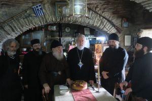 Ποιμαντική επίσκεψη στις Μοναστικές  Αδελφότητες της Άνδρου από  τον Μητροπολίτη Σύρου