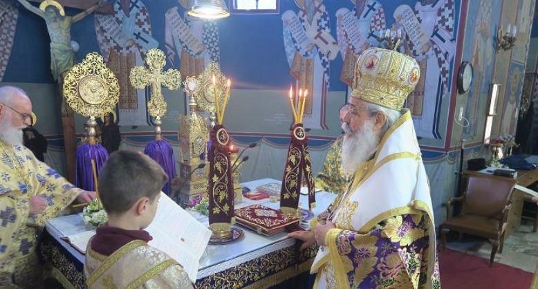 """Φθιώτιδος Νικόλαος: """"Η Εκκλησία πάντοτε προσπαθεί να μας καθοδηγήσει στο σωστό δρόμο"""""""