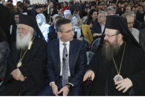 Ο Αρχιεπίσκοπος στα εγκαίνια νέας μονάδας του εργοστασίου Παπαστράτος