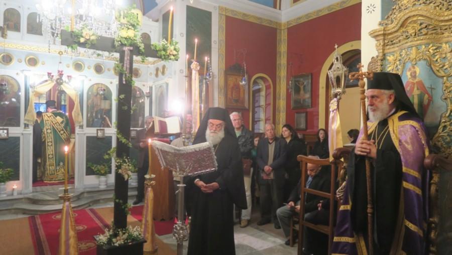 You are currently viewing Οι Χαιρετισμοί του Τιμίου Σταυρού στη Σύρο