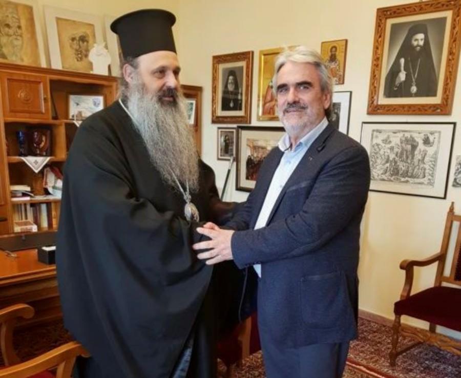 Tον Μητροπολίτη Σταγών και Μετεώρων Θεόκλητο,επισκέφθηκε ο Πρόεδρος του Επιμελητηρίου Τρικάλων