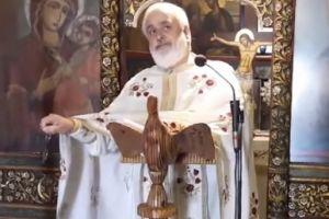 Άστραψε και βρόντηξε ο πατήρ Χρήστος Σιάνας από τη Ρόδο: «Όλοι αυτοί είναι μία χούφτα προδότες..»
