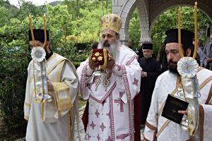Εγκαινιάστηκε ο Ναός του Ησυχαστηρίου της Ι. Μονής Βαρλαάμ Αγίων Μετεώρων