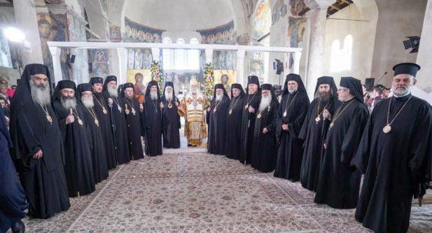 Πατριαρχική Θεία Λειτουργία στη Βέροια για τους Αποστόλους Πέτρο και Παύλο