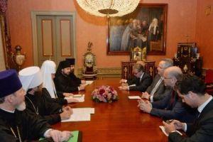 """Ο Υπ.Εξ. Ν.Κοτζιάς στον Πατριάρχη Μόσχας Κύριλλο: """"Εχουμε ένα κοινό σπίτι, την Ορθοδοξία"""""""