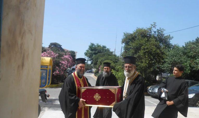 Η Μητρόπολη Χίου κοντά στους ασθενείς