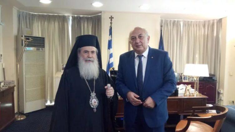 Στη συνάντηση Αμανατίδη-Θεόφιλου τα «καυτά» προβλήματα του Πατριαρχείου
