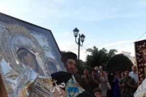 Λαμπρή υποδοχή της Παναγίας της Παραμυθίας και Ιερών Λειψάνων στην Κόρινθο για τα ΠΑΥΛΕΙΑ 2018