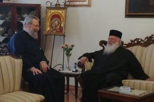 Ο Αρχιεπίσκοπος Αθηνών Ιερώνυμος επισκέφθηκε τον Κύπρου Χρυσόστομο
