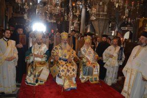 Τρισαρχιερατική Θεία Λειτουργία στον Πανίερο Ναό Ευαγγελιστρίας στην Τήνο