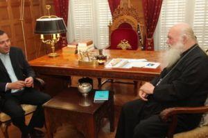 Στον Αρχιεπίσκοπο Αθηνών Ιερώνυμο ο πρόεδρος του ΕΟΠΥΥ