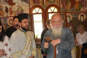 Ο Αρχιεπίσκοπος Ιερώνυμος τίμησε την Αγία Μαρίνα στο νησί Αμπελος