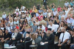 Ο Οικ.Πατριάρχης στην γενέτειρά του Ίμβρο,με προσκυνητές από την Ελλάδα