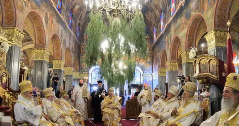 Λαμπρός ο εορτασμός του Αγίου Διονυσίου στη Ζάκυνθο