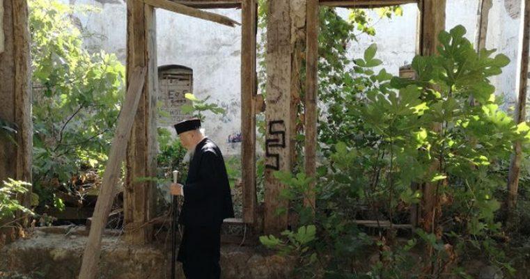 Ο Οικ.Πατριάρχης Βαρθολομαίος έκανε αισθητή την παρουσία Του, σε ερειπωμένο Ναό στην Κύζικο