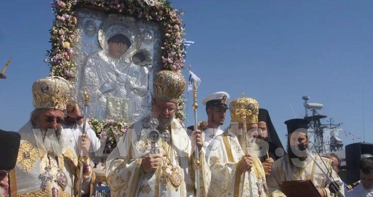 Ο εορτασμός της Παναγίας στην Εκατονταπυλιανή στην Πάρο